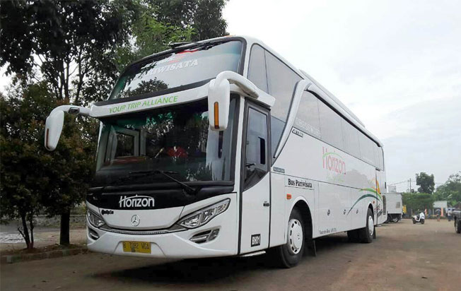 sewa bus murah horizon transport
