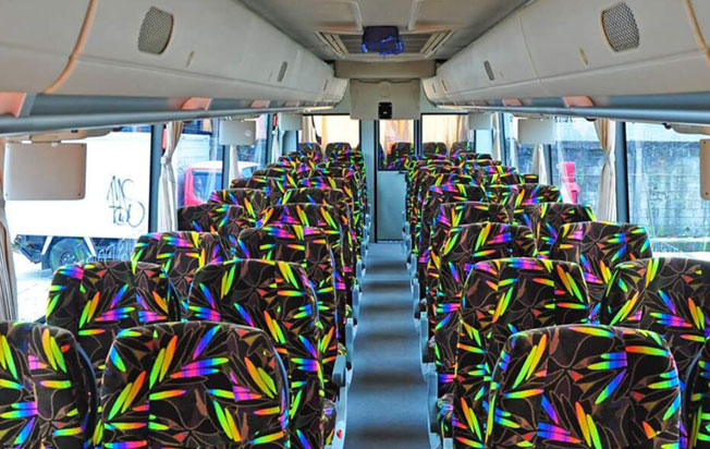 Sewa bus pariwisata dian trans interior