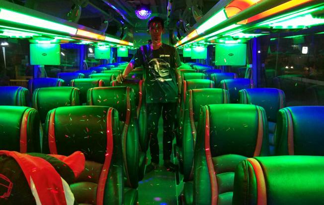 interior-disco-sewa-bus-pariwisata-rjb-trans-jakarta