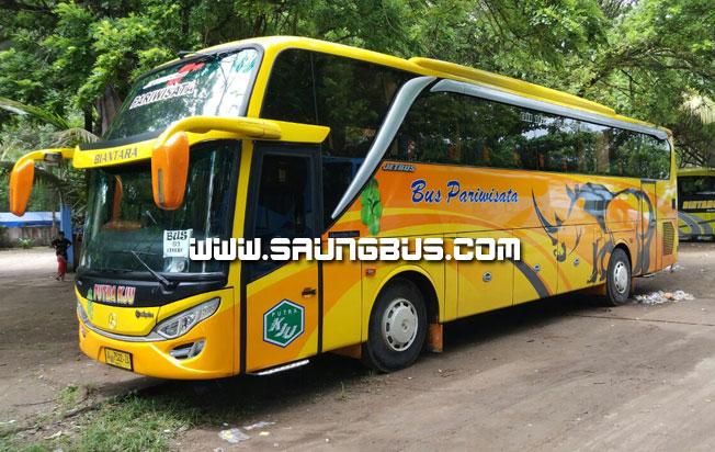 Big bus pariwisata putra KJU 59 seat saungbus.com jakarta