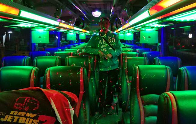interior-sewa-bus-pariwisata-rjb-trans-jakarta